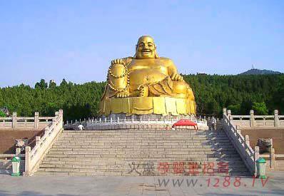 千佛山是济南三大名胜之一,位于济南城东南,海拔285米.