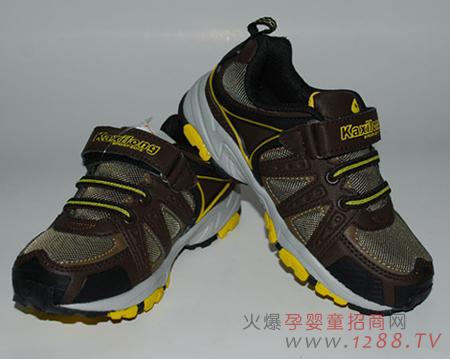 是由童鞋品牌卡西龙独家代理,主要为参与本次比赛的参赛者提供童鞋