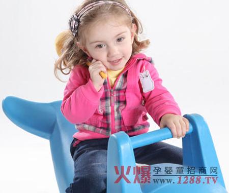 樱桃贝贝童装让孩子的穿着更有气质图片