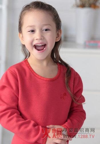 可爱中国女婴儿