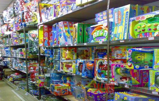 玩具车店铺装修