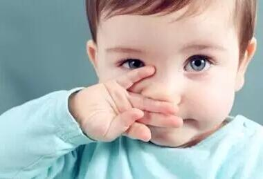 可爱小孩高清图片