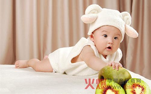 婴幼儿满月理发有哪些注意事项?