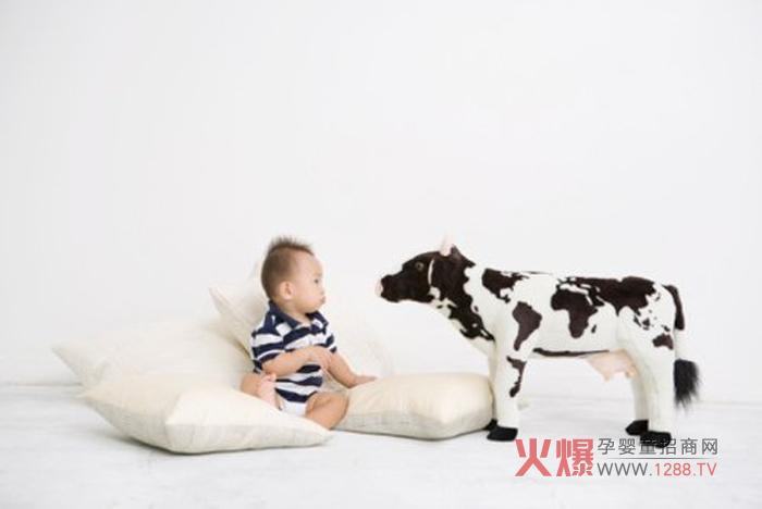 宝妈常犯的买奶粉误区 中国最好的奶粉您买对了吗?