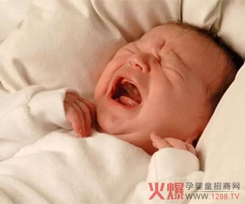 宝宝不睡,妈妈崩溃!5招,轻松哄睡