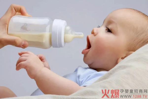 爱能特:天冷了,能用保温杯冲奶吗?