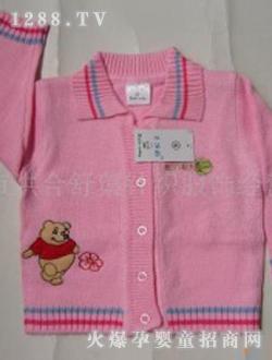 新手妈妈必备的婴儿穿衣技巧_婴童服饰,冬天给
