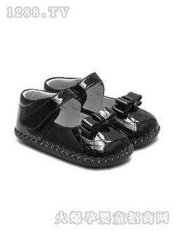童话王国夹板凉鞋国际|北京a童话岛女生儿童用笑气女生图片