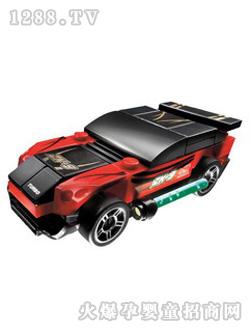 乐高赛车组是非常受男孩子欢迎的玩具