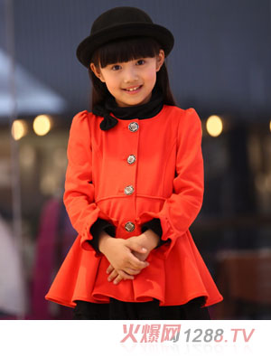 笛莎橘红色呢子大衣