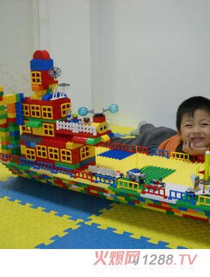 乐高轮船积木玩具
