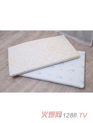 舒侍婴幼儿床垫 海绵宝宝图案